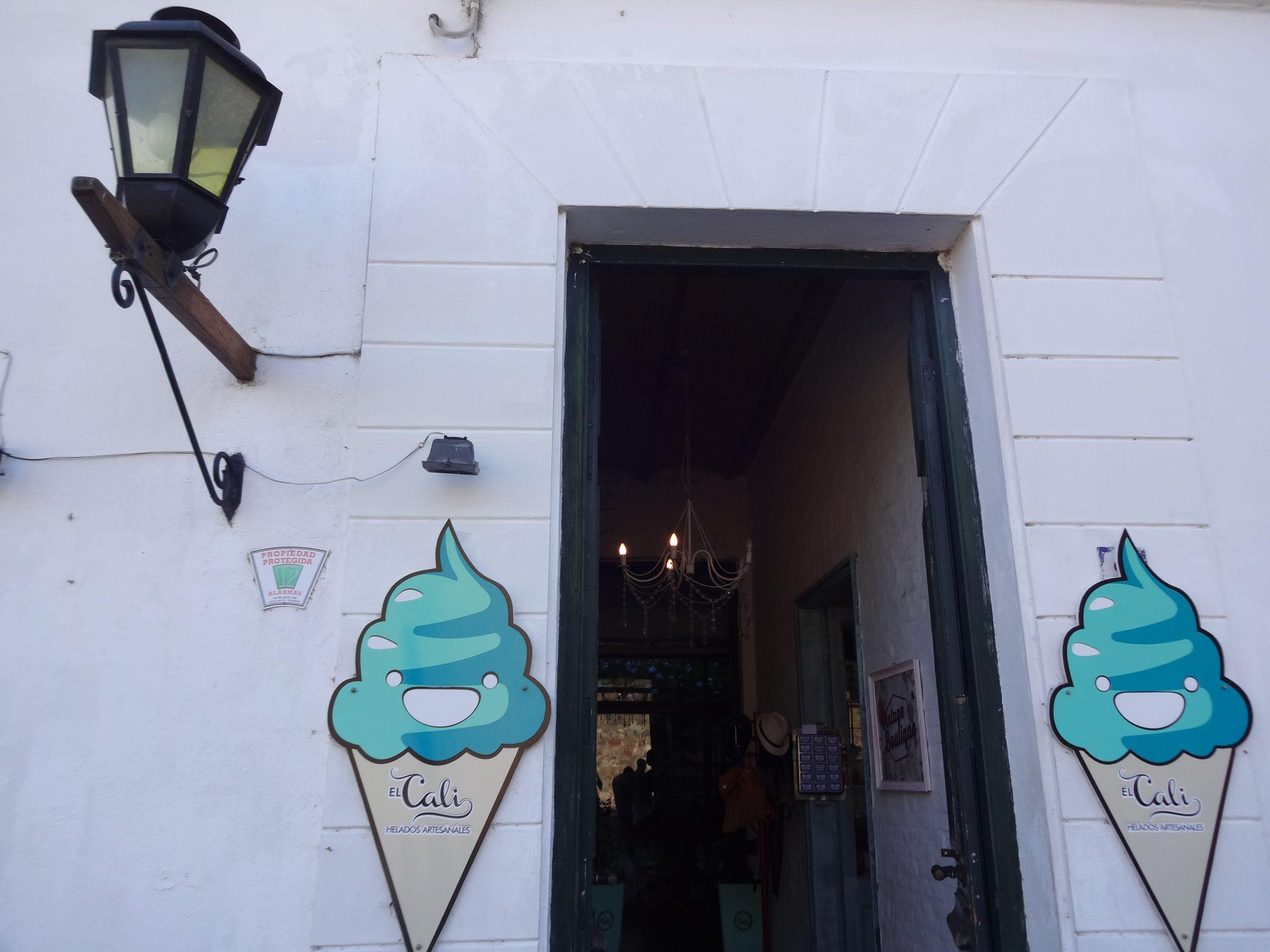 el-cali-sorveteria-colonia-del-sacramento