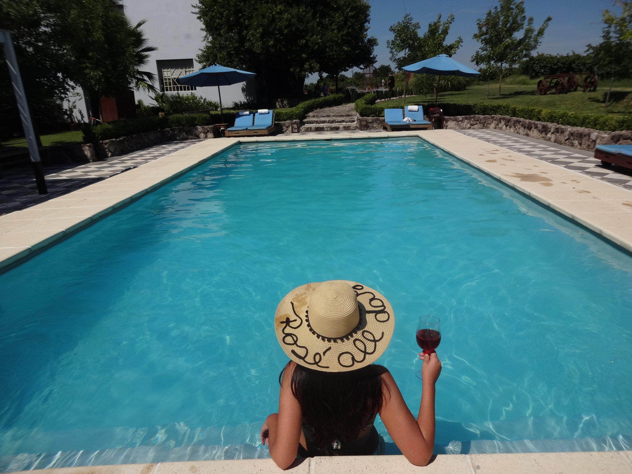 piscina-narbona-viagem-no-detalhe