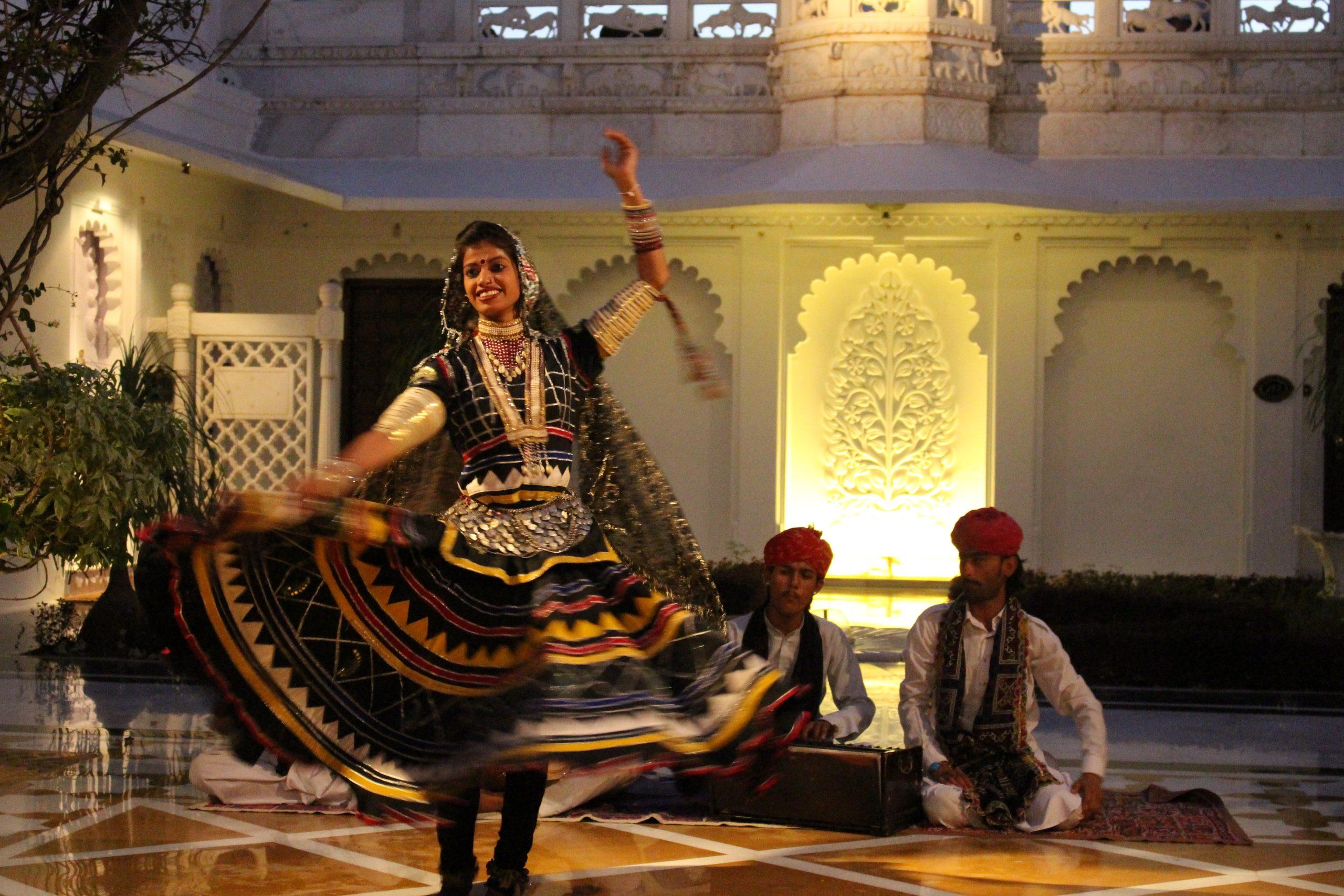 dança_típica_rajastão_udaipur