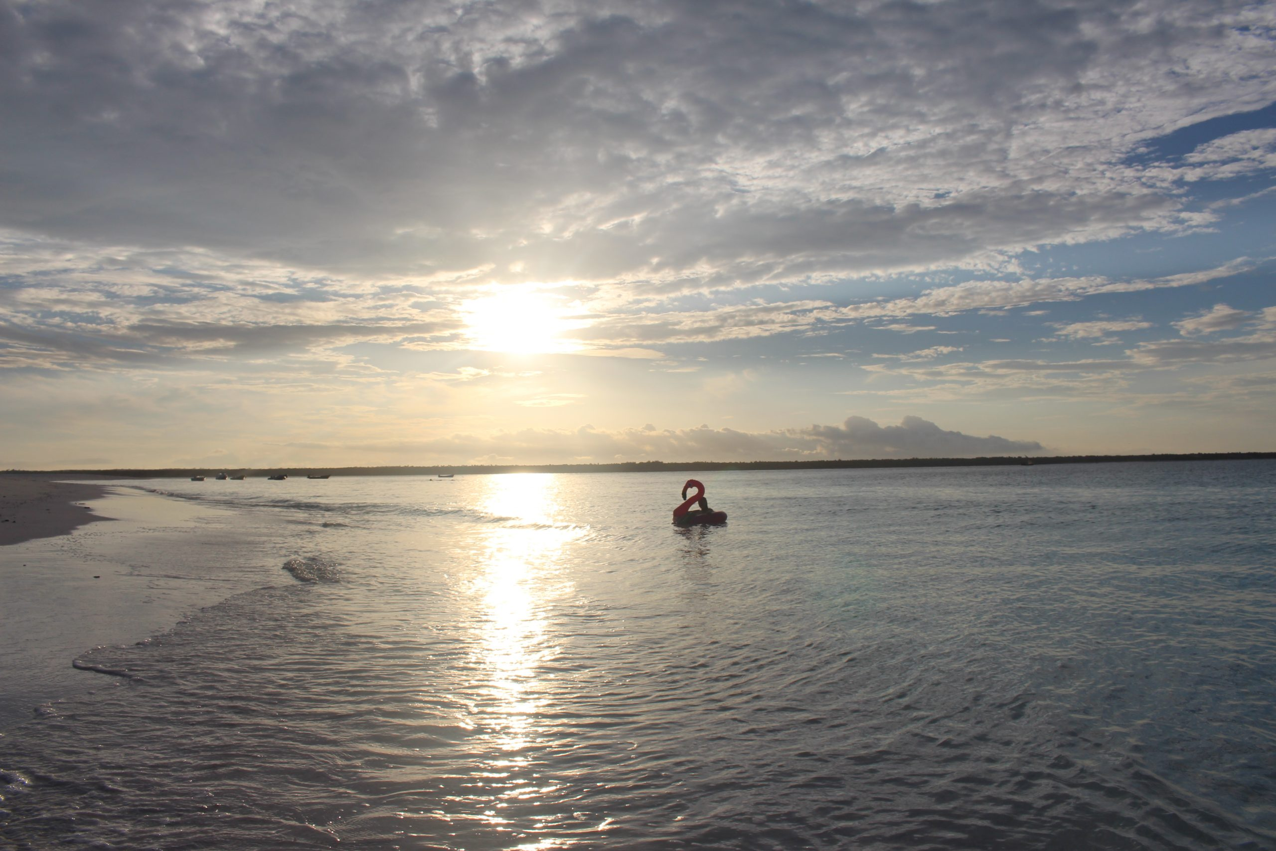 por_do_sol_mnemba_island
