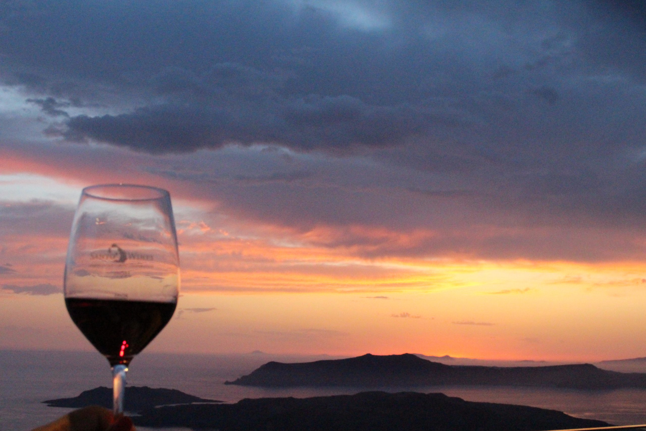 santo_wines_sunset