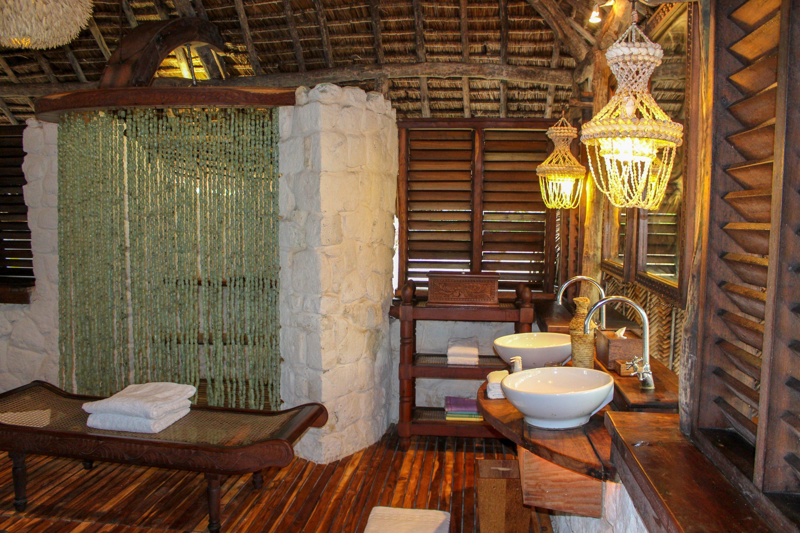andbeyond_mnemba_island_bangalo_banheiro