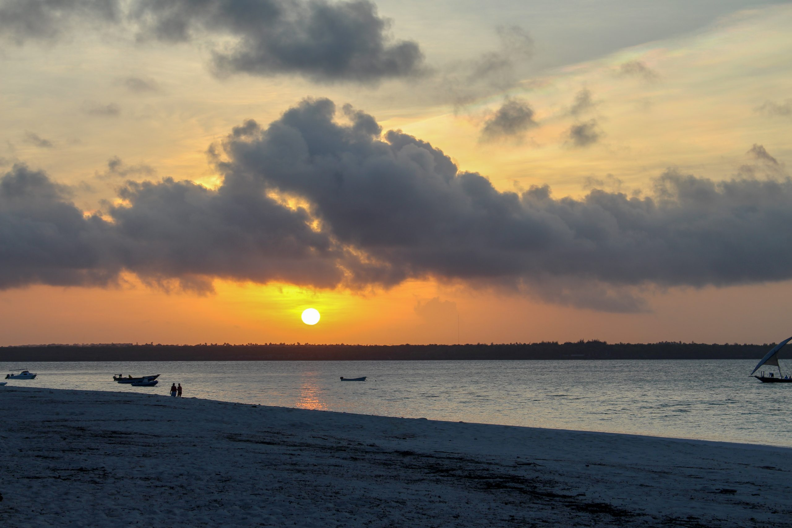 andbeyond_mnemba_island_por_do_sol_lindo