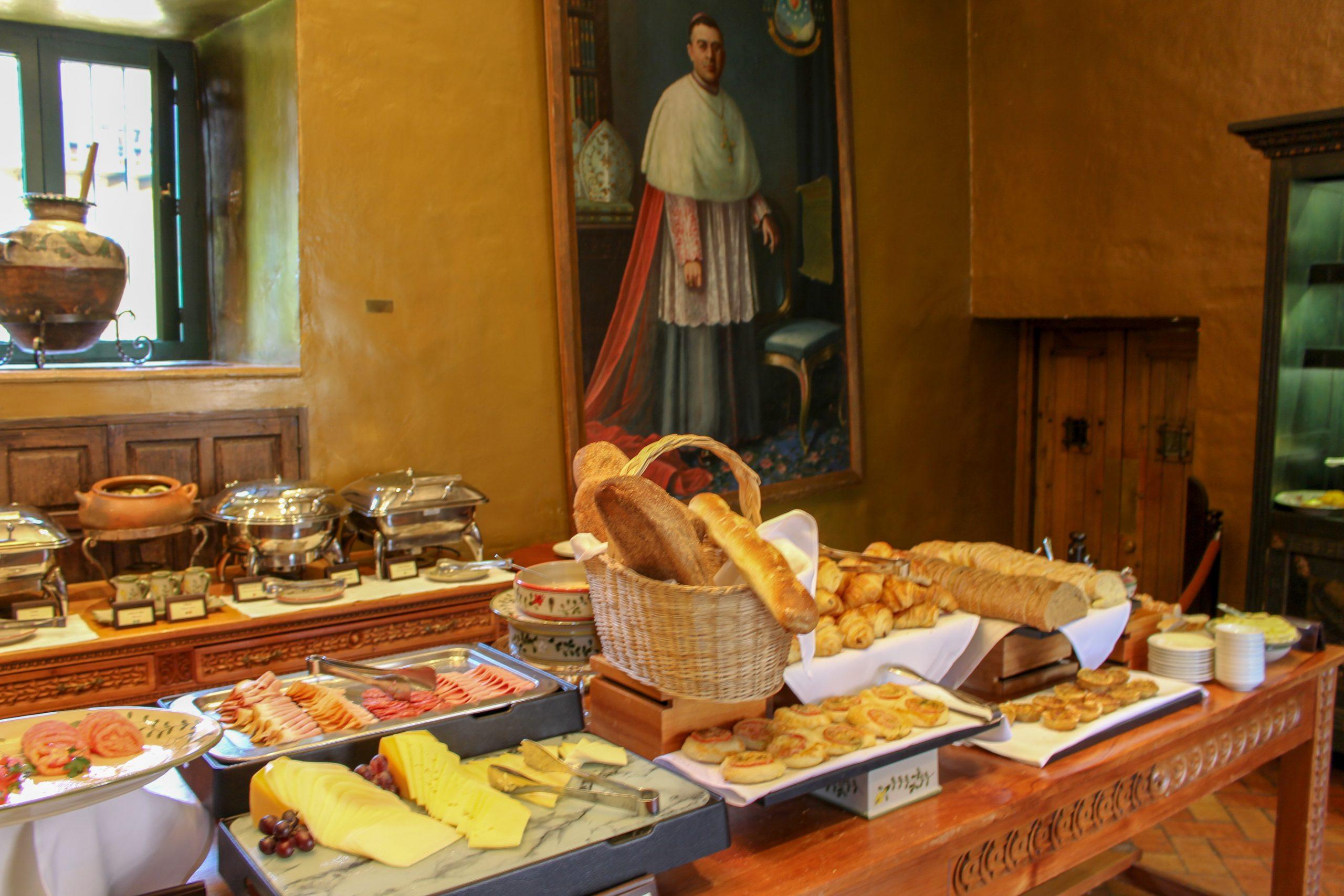 cafe_buffet_belmond_monasterio