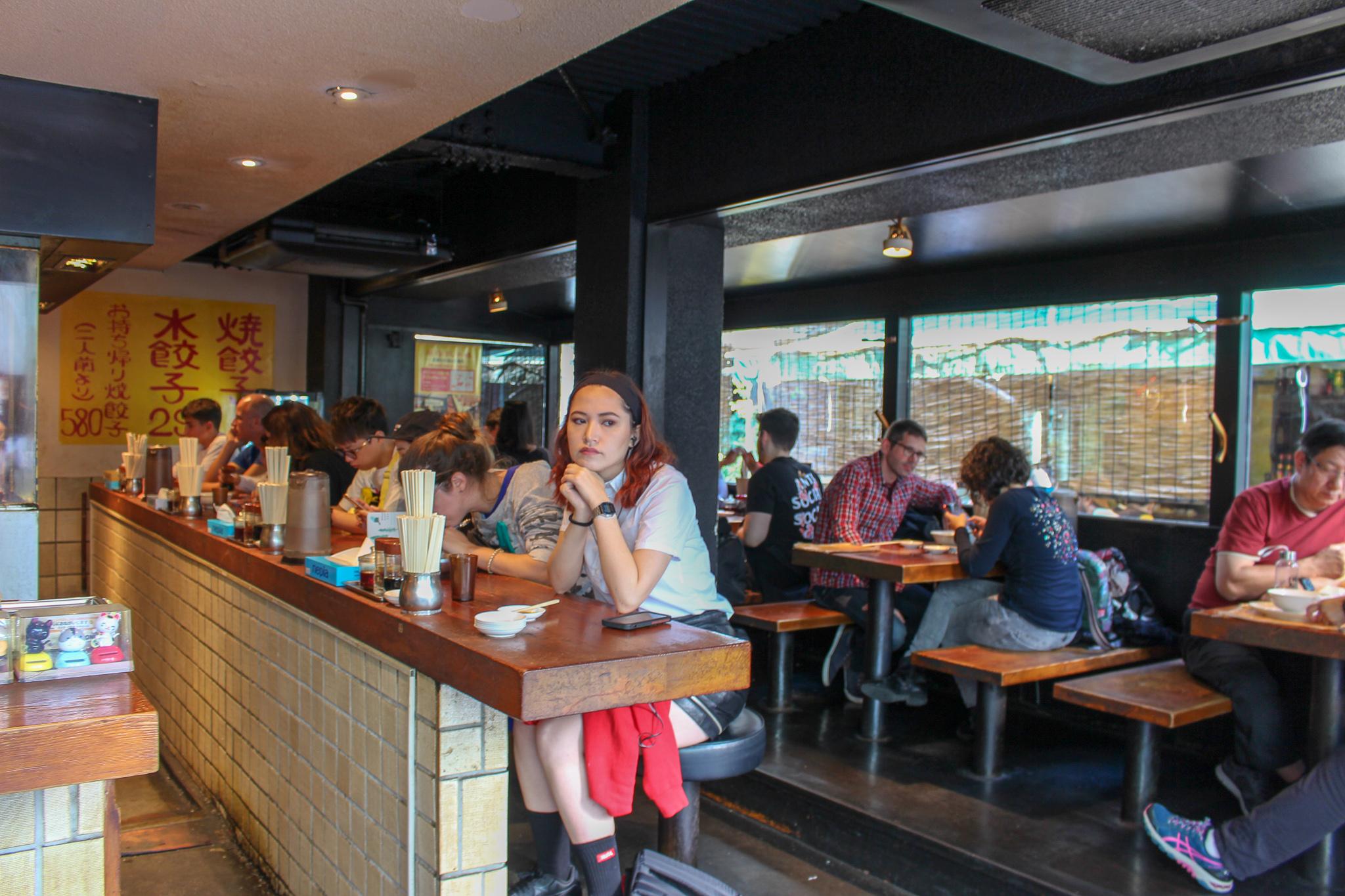 harajyuku_gyozaro_interior_restaurante