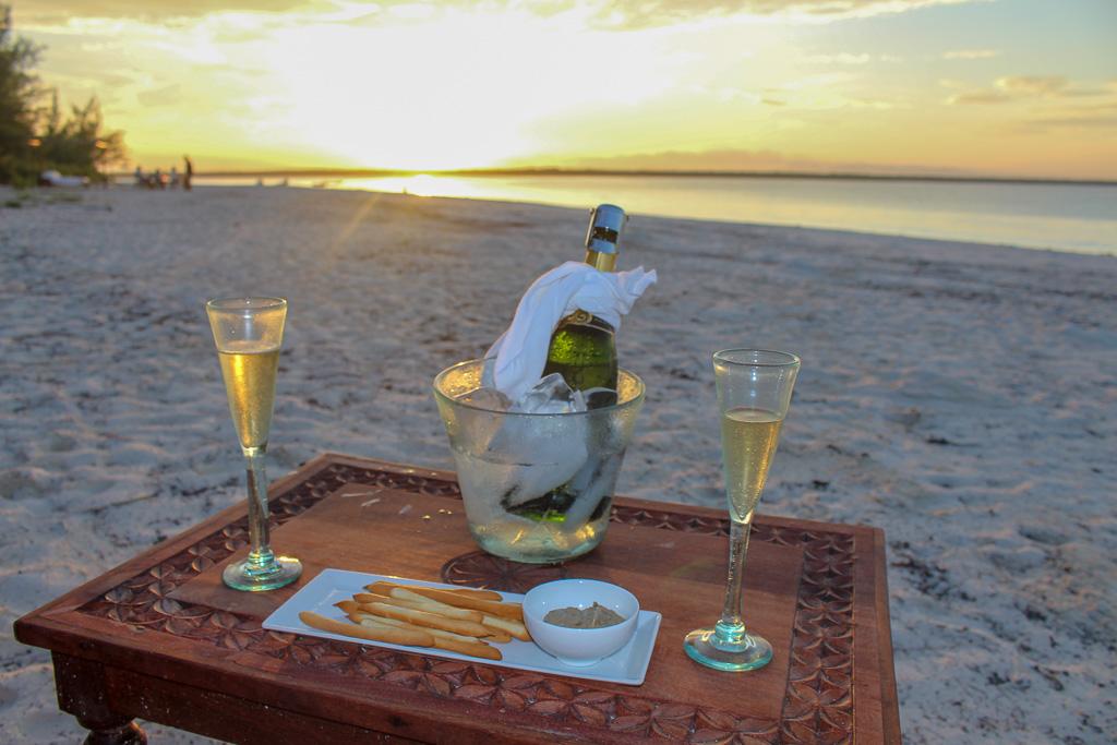 drink_por_d_sol_mnemba_island_zanibar